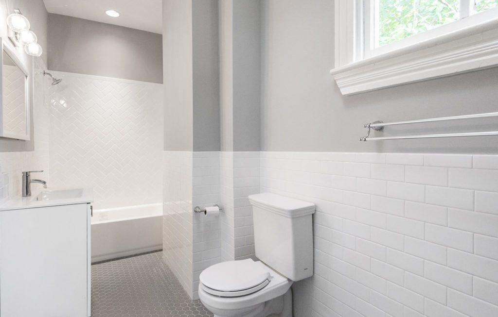 piperbear_bathroom_1 after