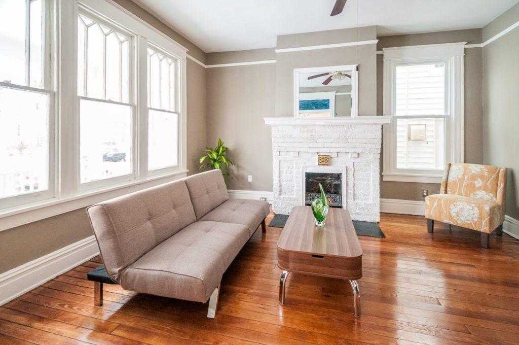 403 W 24th St living room